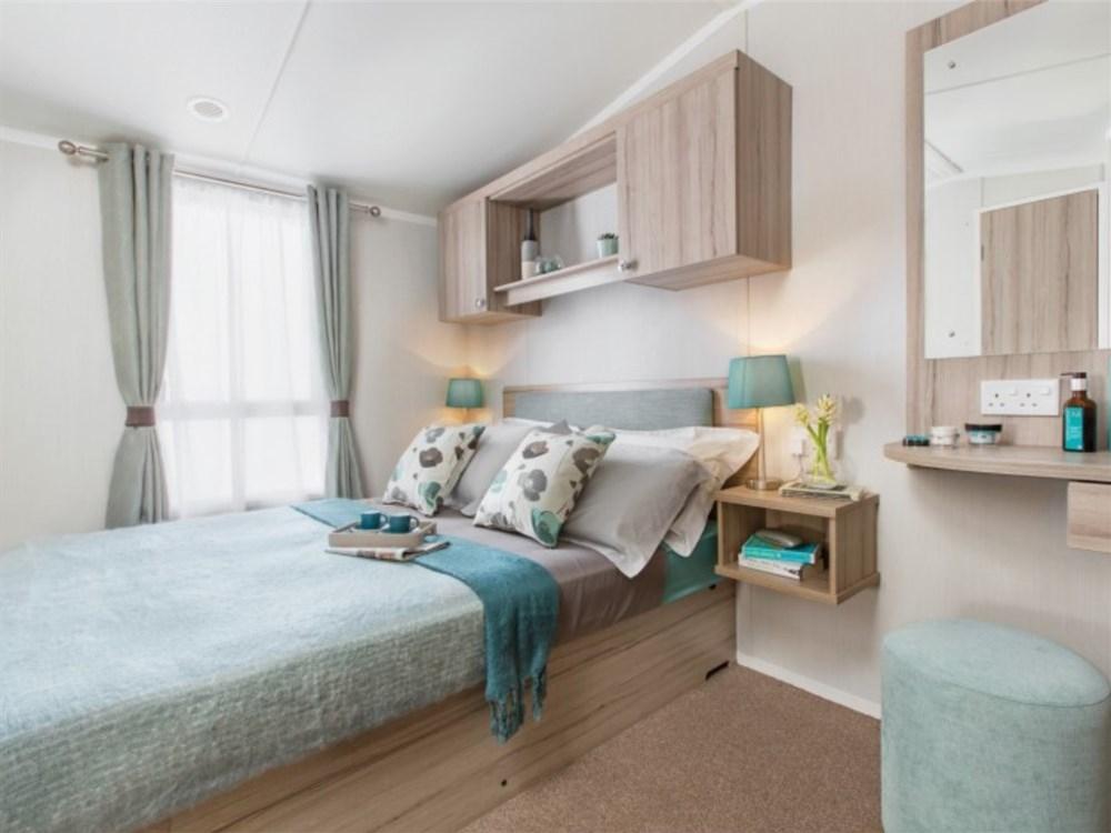 swiftsnowdonia2018_main-bedroom